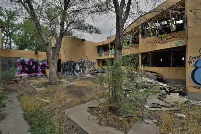 1801 Mesa Vista Road NE, Albuquerque, NM 87106 (MLS #993736) :: The Buchman Group