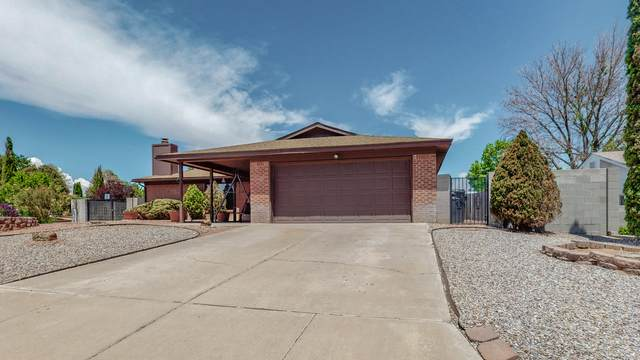 10026 Boulder Street NW, Albuquerque, NM 87114 (MLS #993757) :: Sandi Pressley Team