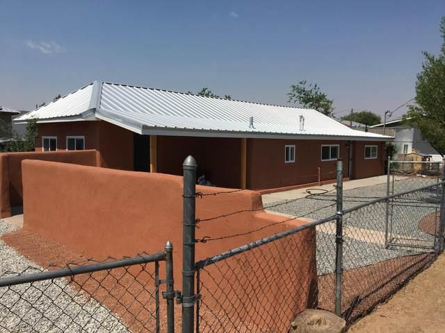 155 E Calle Montoya, Bernalillo, NM 87004 (MLS #993871) :: Keller Williams Realty