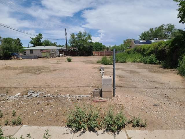 2423 Zickert Road NW, Albuquerque, NM 87104 (MLS #993900) :: The Buchman Group