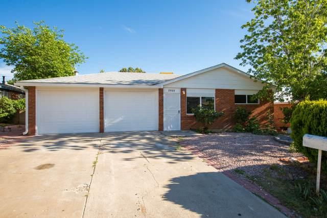 11908 Allison Court NE, Albuquerque, NM 87112 (MLS #994162) :: Berkshire Hathaway HomeServices Santa Fe Real Estate