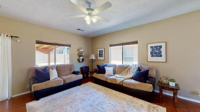 11119 Desert Dreamer Street NW, Albuquerque, NM 87114 (MLS #994289) :: Sandi Pressley Team