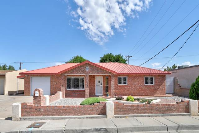 3521 Delamar Avenue NE, Albuquerque, NM 87107 (MLS #994364) :: Berkshire Hathaway HomeServices Santa Fe Real Estate