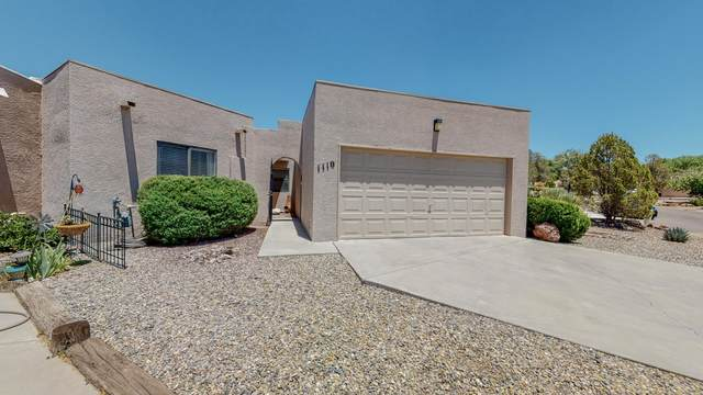 1110 Vista Del Monte Place, Belen, NM 87002 (MLS #994386) :: Campbell & Campbell Real Estate Services
