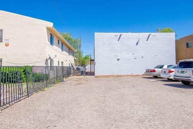 520 Tennessee Street NE, Albuquerque, NM 87108 (MLS #994395) :: Berkshire Hathaway HomeServices Santa Fe Real Estate