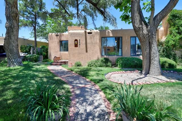 5421 El Encanto Place NE, Albuquerque, NM 87110 (MLS #994420) :: The Buchman Group