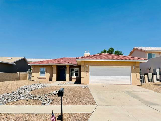 10327 Dunbar Street NW, Albuquerque, NM 87114 (MLS #994436) :: Keller Williams Realty