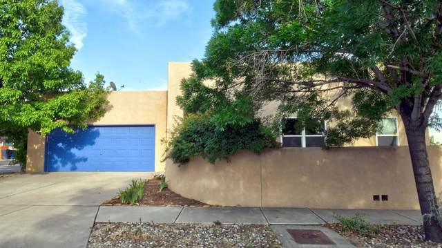 2904 Foraker Place NW, Albuquerque, NM 87107 (MLS #994468) :: Sandi Pressley Team