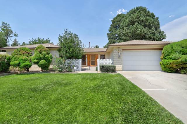 8109 Harwood Avenue NE, Albuquerque, NM 87110 (MLS #994495) :: Keller Williams Realty