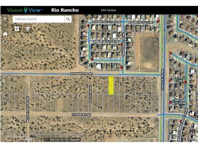 5812 Kennard Road NE, Rio Rancho, NM 87144 (MLS #994501) :: Sandi Pressley Team