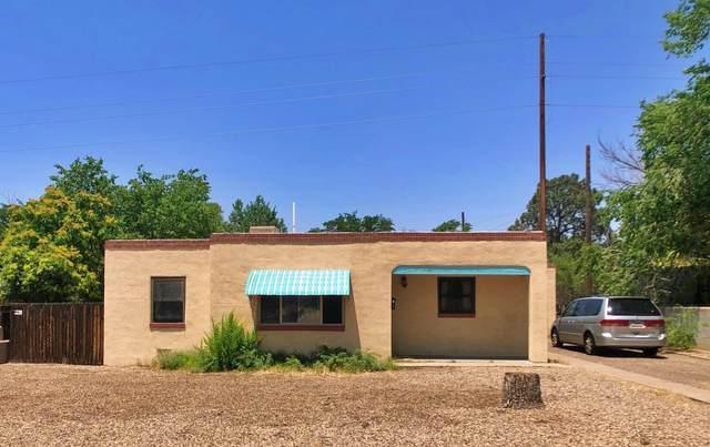 2709 Mcearl Avenue SE, Albuquerque, NM 87106 (MLS #994527) :: Campbell & Campbell Real Estate Services