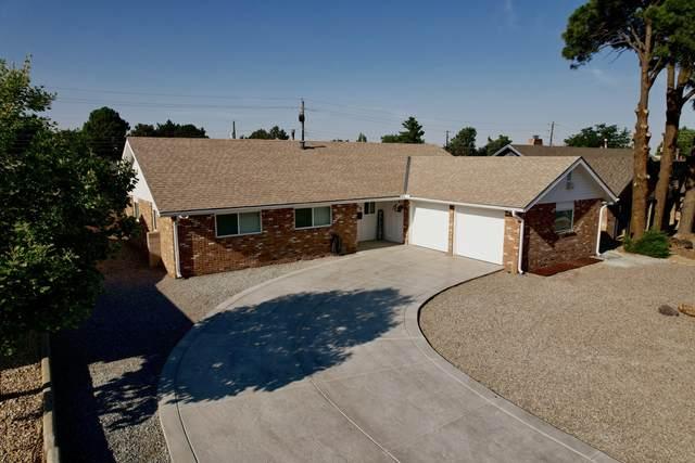 7012 Seminole Road NE, Albuquerque, NM 87110 (MLS #994567) :: Keller Williams Realty
