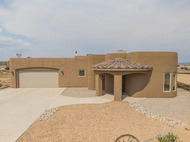 3300 Fennel Road NE, Rio Rancho, NM 87144 (MLS #994620) :: Keller Williams Realty