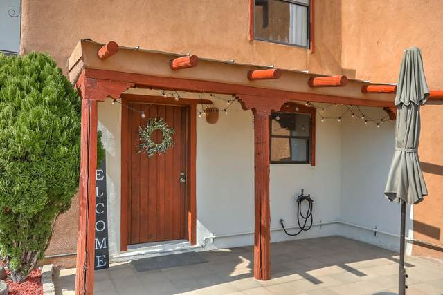 166 Sandia View Road, Corrales, NM 87048 (MLS #994628) :: Campbell & Campbell Real Estate Services