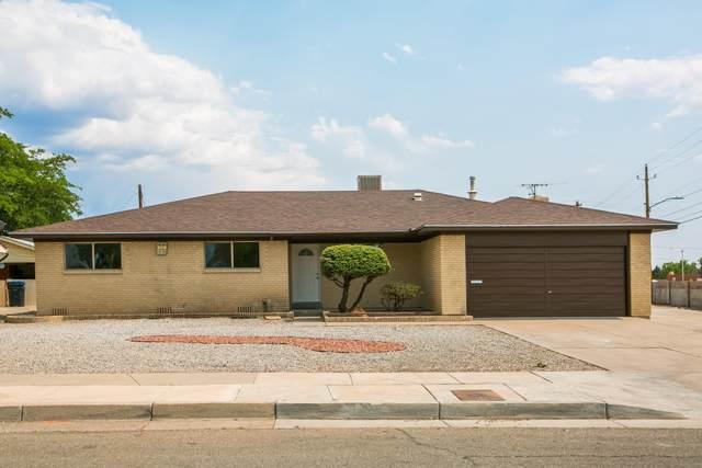 7000 Dellwood Road NE, Albuquerque, NM 87110 (MLS #994682) :: Keller Williams Realty