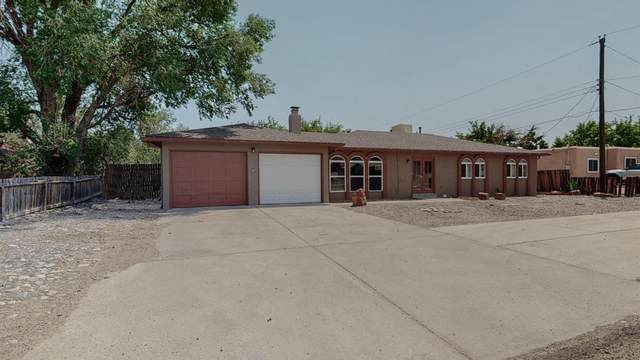 3500 19th Avenue SE, Rio Rancho, NM 87124 (MLS #994738) :: Campbell & Campbell Real Estate Services