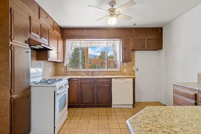 1421 Katie Street NE, Albuquerque, NM 87110 (MLS #994757) :: Keller Williams Realty