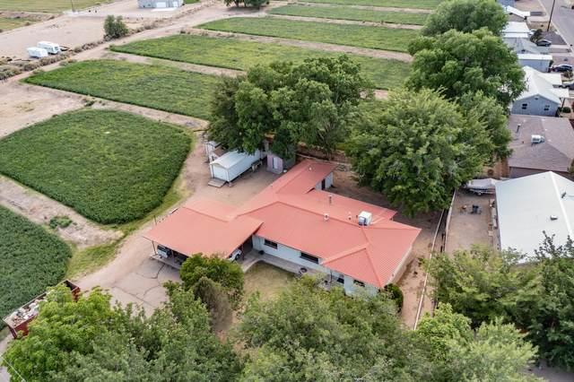 803 S Mesa Road, Belen, NM 87002 (MLS #994771) :: Berkshire Hathaway HomeServices Santa Fe Real Estate