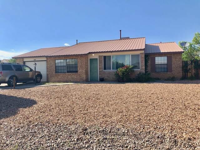 6231 Roadrunner Loop NE, Rio Rancho, NM 87144 (MLS #994841) :: Keller Williams Realty