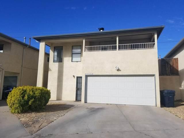 5216 Casita Vista Court NW, Albuquerque, NM 87105 (MLS #994850) :: Keller Williams Realty