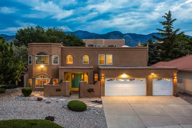 5530 Avenida Cuesta NE, Albuquerque, NM 87111 (MLS #994857) :: Keller Williams Realty