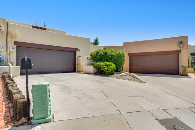 1713 Miracerros Place NE, Albuquerque, NM 87106 (MLS #994901) :: Keller Williams Realty