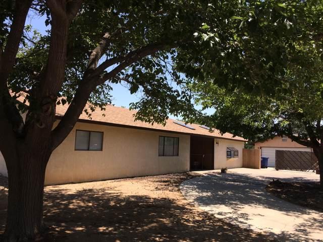 200 General Chennault Street NE, Albuquerque, NM 87123 (MLS #994944) :: Berkshire Hathaway HomeServices Santa Fe Real Estate