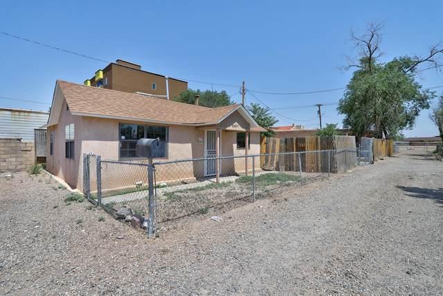 3307 Conder Lane NW, Albuquerque, NM 87107 (MLS #994952) :: Keller Williams Realty