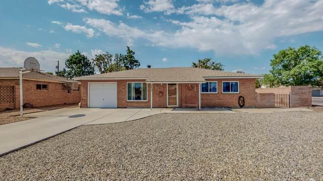 1843 Cagua Place NE, Albuquerque, NM 87110 (MLS #995174) :: Keller Williams Realty
