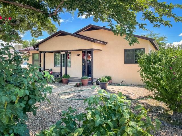 4613 Jupiter Street NW, Albuquerque, NM 87107 (MLS #995623) :: Berkshire Hathaway HomeServices Santa Fe Real Estate
