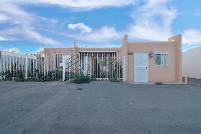 1007 San Mateo Boulevard SE, Albuquerque, NM 87108 (MLS #995706) :: Berkshire Hathaway HomeServices Santa Fe Real Estate
