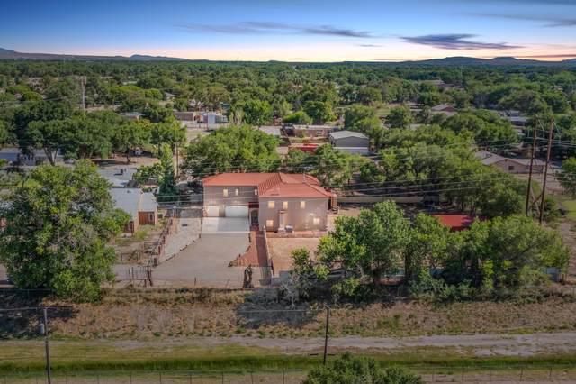1911 Cottrell Lane SW, Albuquerque, NM 87105 (MLS #995864) :: Sandi Pressley Team