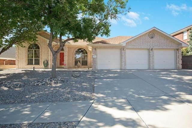 4616 Waynesboro Place NW, Albuquerque, NM 87120 (MLS #996737) :: Sandi Pressley Team
