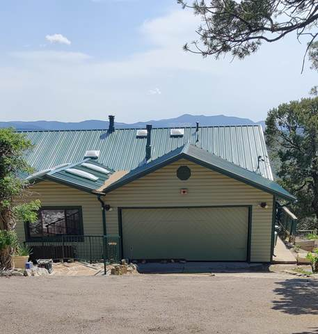 34 Escena Drive, Tijeras, NM 87059 (MLS #996855) :: Campbell & Campbell Real Estate Services