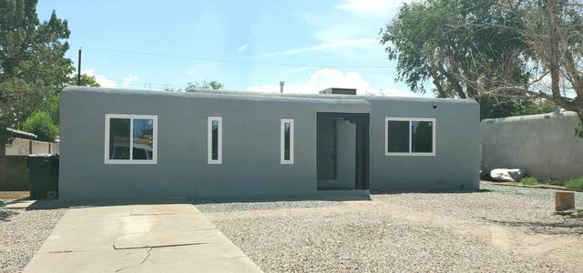 904 California Street SE, Albuquerque, NM 87108 (MLS #996936) :: Berkshire Hathaway HomeServices Santa Fe Real Estate