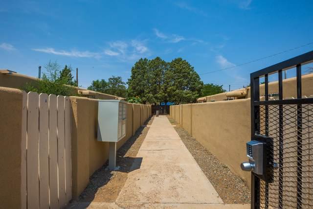 535 Utah Street NE, Albuquerque, NM 87108 (MLS #997072) :: Campbell & Campbell Real Estate Services