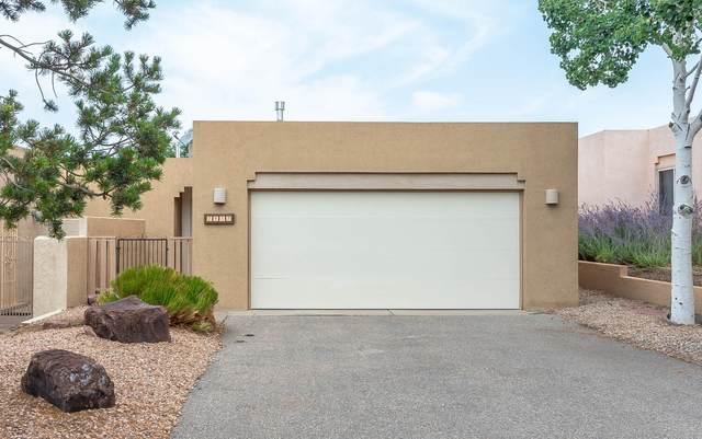 2437 Tramway Terrace Court NE, Albuquerque, NM 87122 (MLS #997114) :: Keller Williams Realty
