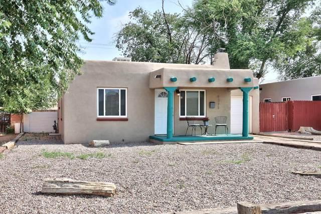 4311 Mesa Grande Place SE, Albuquerque, NM 87108 (MLS #997163) :: Sandi Pressley Team