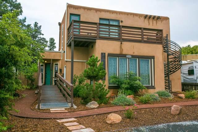 3214 Purdue Place NE, Albuquerque, NM 87106 (MLS #997190) :: Sandi Pressley Team