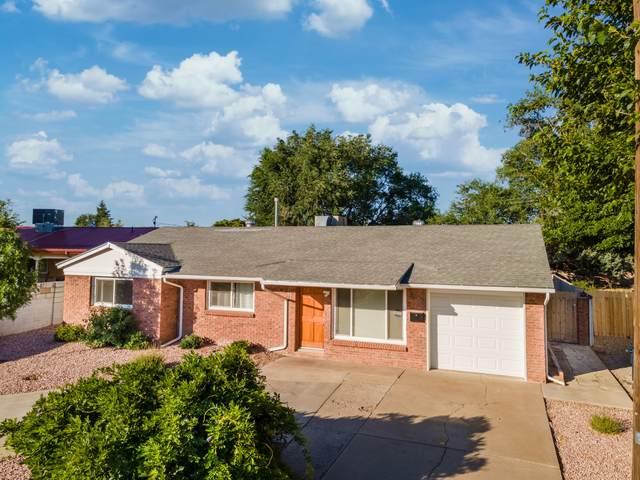 3307 Hoyle Road NE, Albuquerque, NM 87110 (MLS #997191) :: Keller Williams Realty