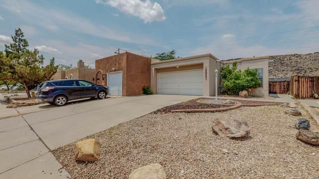 7017 Cleghorn Road NW, Albuquerque, NM 87120 (MLS #997239) :: Sandi Pressley Team