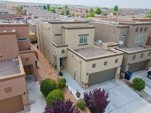 3105 Morrissey Street SW, Albuquerque, NM 87121 (MLS #997251) :: Sandi Pressley Team