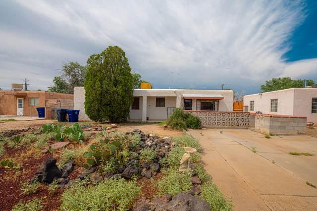 5409 El Encanto Place NE, Albuquerque, NM 87110 (MLS #997281) :: Keller Williams Realty