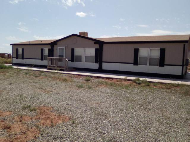 39 Calle Del Llano, Laguna, NM 87026 (MLS #997327) :: Sandi Pressley Team