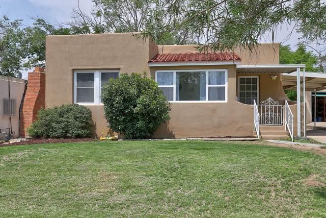 3709 Campus Boulevard NE, Albuquerque, NM 87106 (MLS #997374) :: Sandi Pressley Team