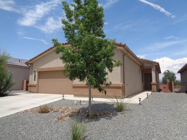 1448 Terrazas Court NW, Los Lunas, NM 87031 (MLS #997410) :: Campbell & Campbell Real Estate Services
