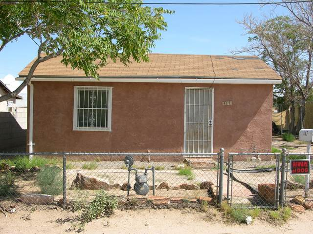 417 Gomez Avenue NE, Albuquerque, NM 87102 (MLS #997477) :: Berkshire Hathaway HomeServices Santa Fe Real Estate