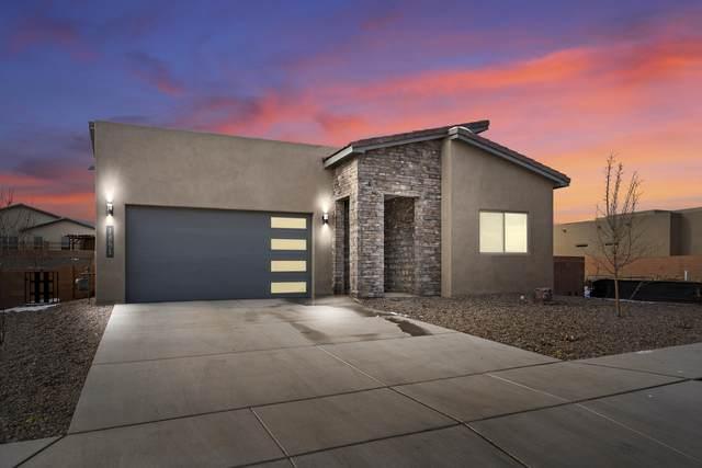 1851 Camino Cantera SW, Los Lunas, NM 87031 (MLS #997580) :: Campbell & Campbell Real Estate Services