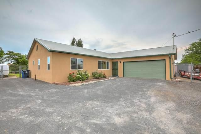3810 San Isidro Street NW, Albuquerque, NM 87107 (MLS #997594) :: Berkshire Hathaway HomeServices Santa Fe Real Estate