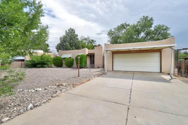 1820 35TH Street SE, Rio Rancho, NM 87124 (MLS #997603) :: Berkshire Hathaway HomeServices Santa Fe Real Estate